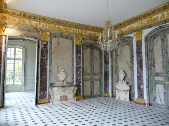 Salle à manger par Charles De Wailly, 1754