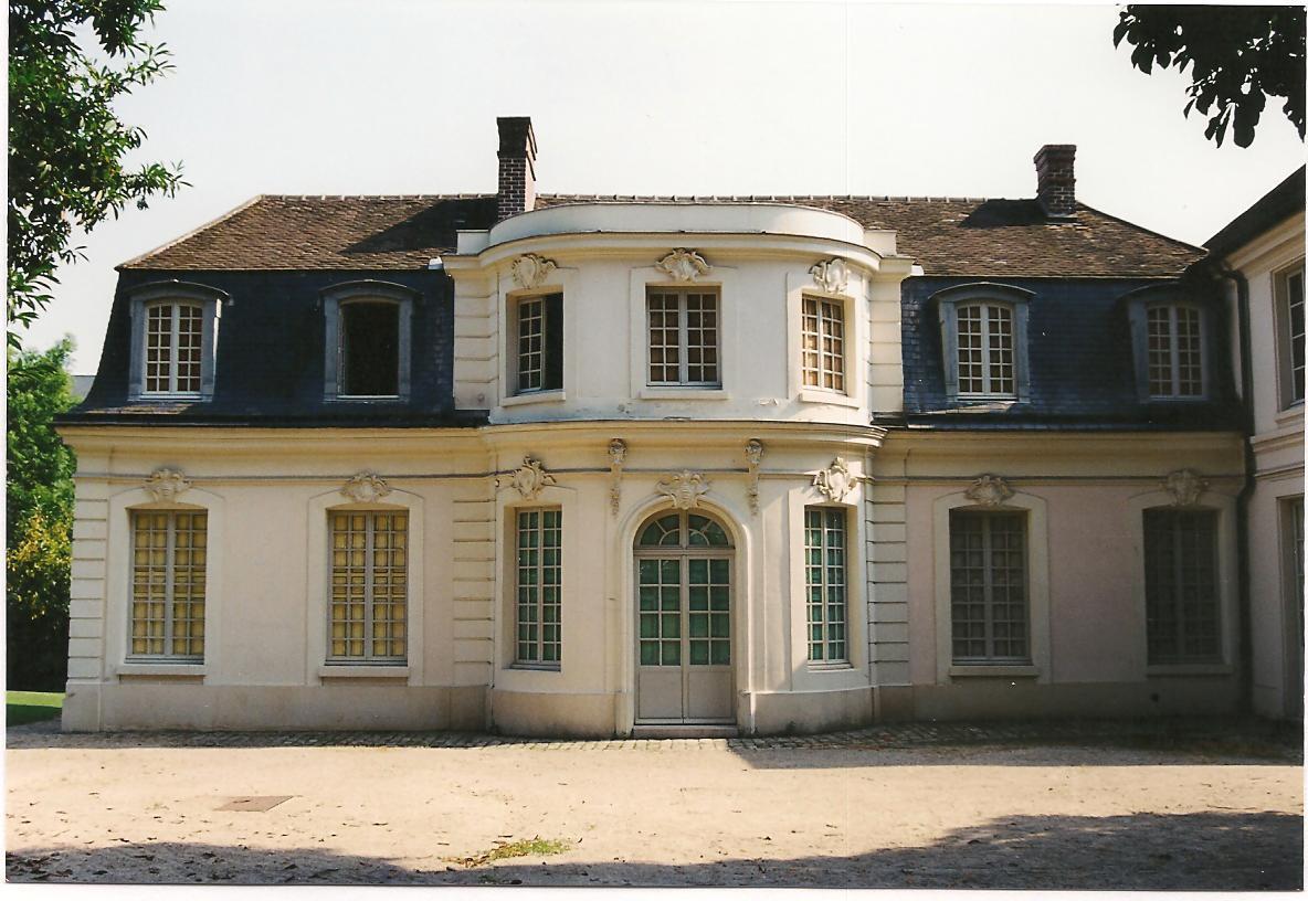 Maisons des musiciens italiens de montreuil versailles - Maison jardin versailles strasbourg ...