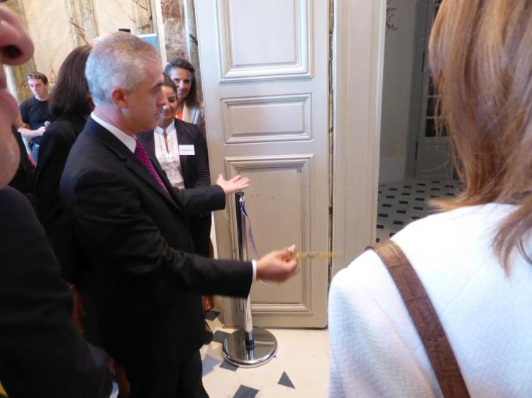 Inauguration des ouvrages du château par le maire d'Asnières