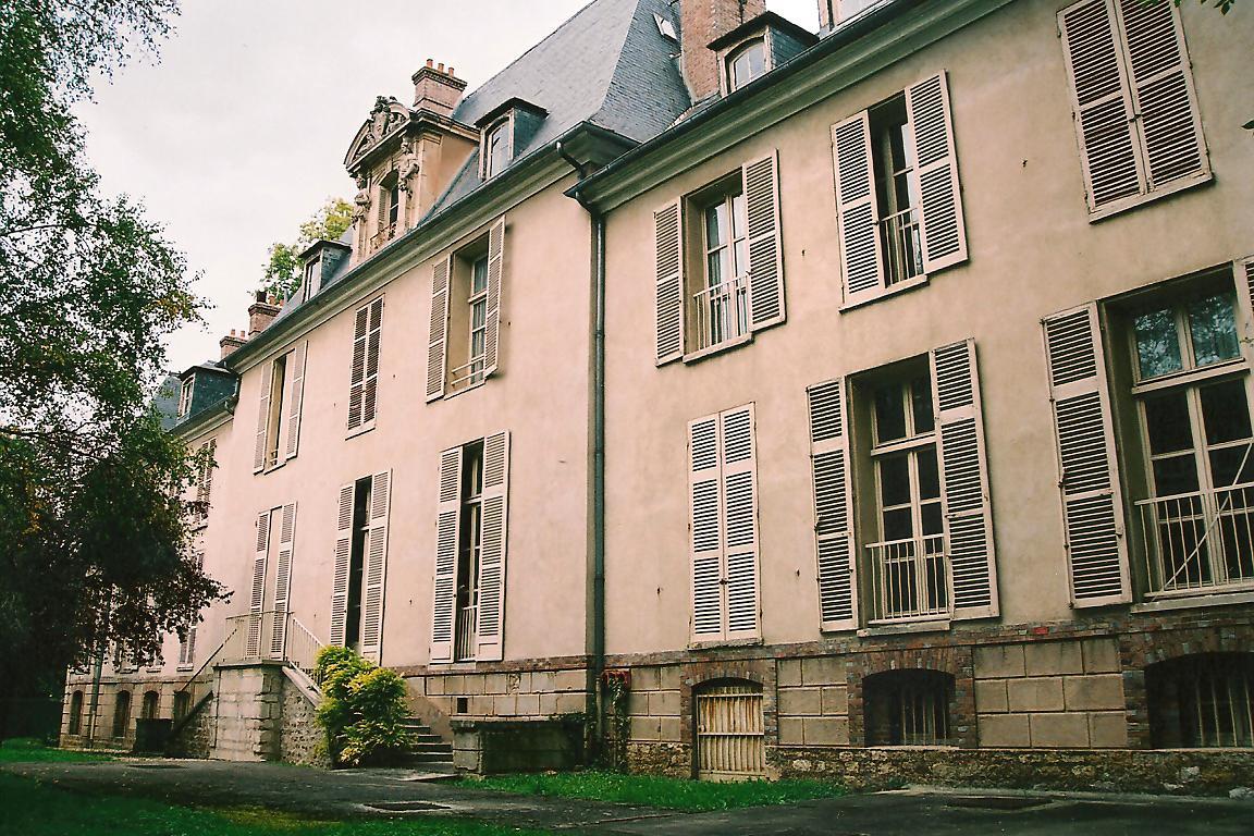 Château des Hauldres, côté jardin, cl. Ph. Cachau