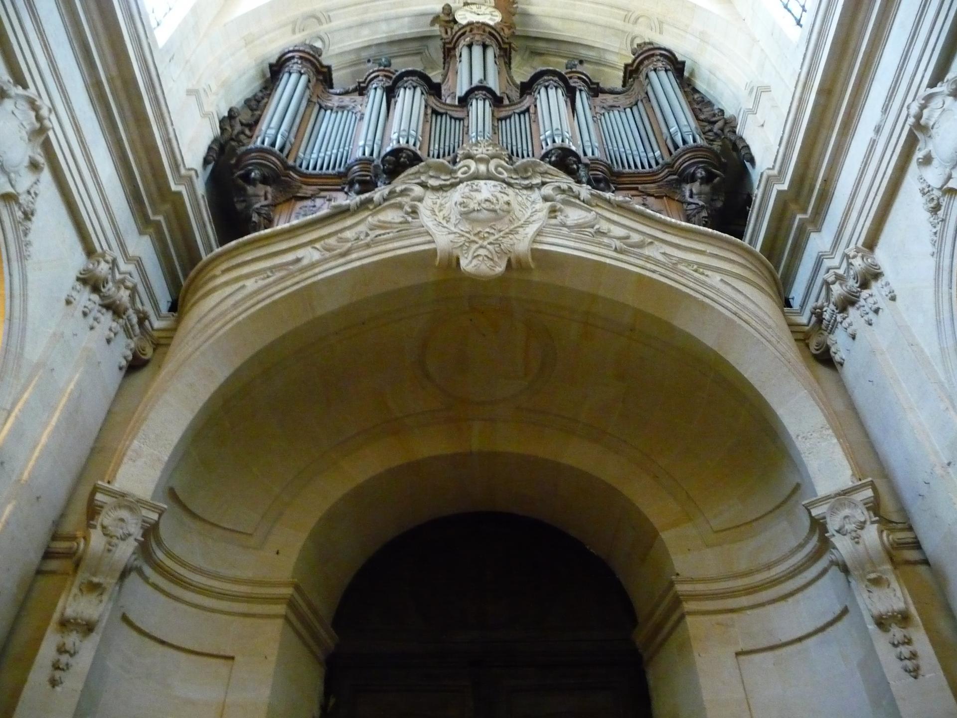 Jacques Hardouin-Mansart de Sagonne, tribune d'orgue, Saint-Louis de Versailles, vers 1750, cl. Ph. Cachau