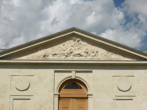 Charles De Wailly-Augustin Pajou, portail de la grange-écurie des Ormes (Vienne), 1766-1768