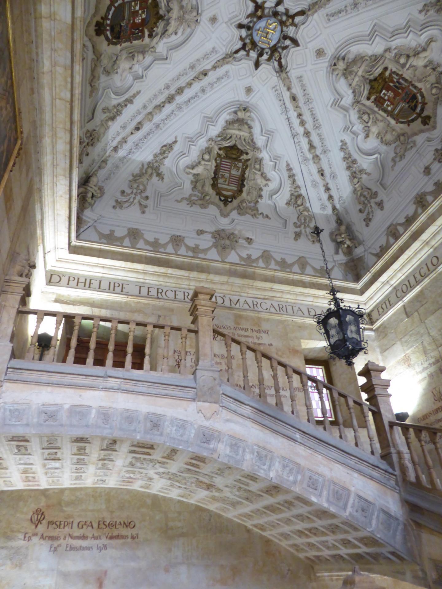 Grand escalier de la salle capitulaire, XVIIe siècle, cl. Ph. Cachau
