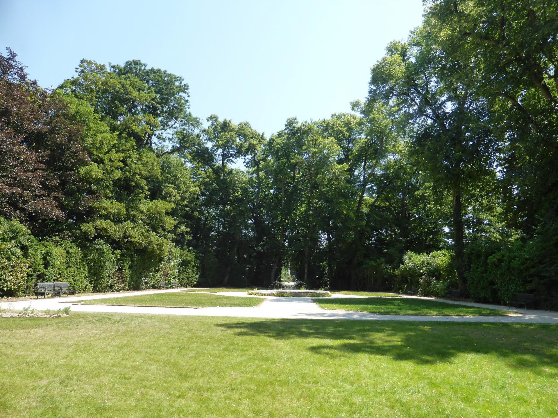 Le jardin XVIIIe restitué, cliché Philippe Cachau