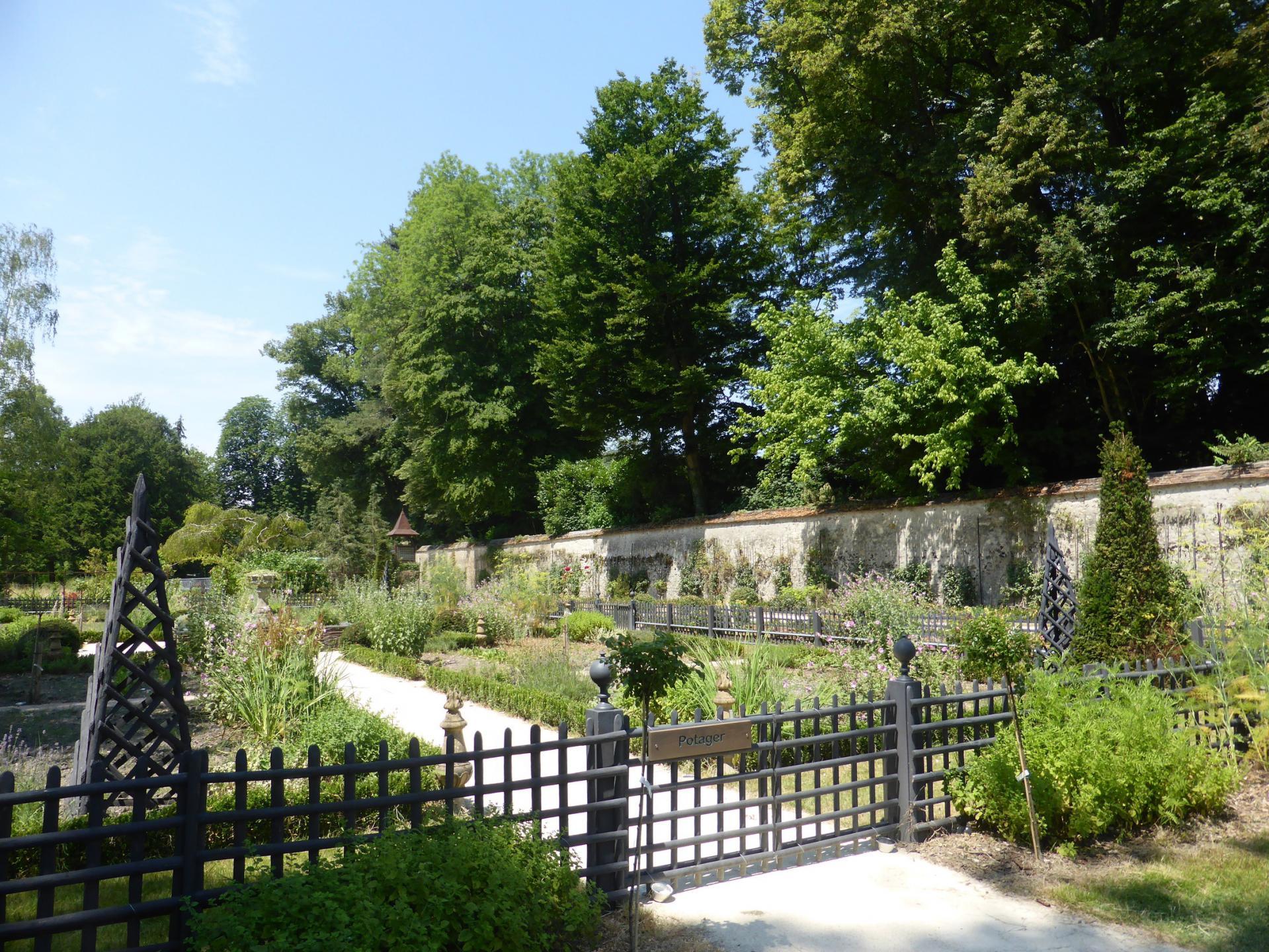 Enclos du potager en bordure d'Essonne, cliché Ph. Cachau